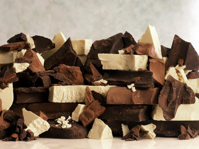 White-dark-and-milk-chocolate-pieces-photographic-print-30-x-41-5539548